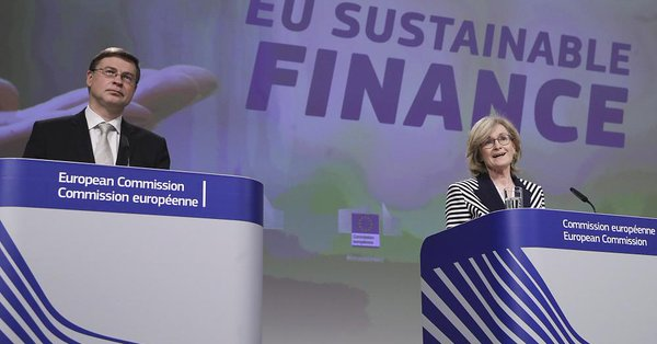 """@greensofa_betd: News from the #EU! @EU_Commission has unveiled plans for a new financial strategy, which includes a """"gold standard"""" for #greenbonds to increase private sector #investment in #sustainable projects & help finance the #greentransition.@euronews #betd22"""
